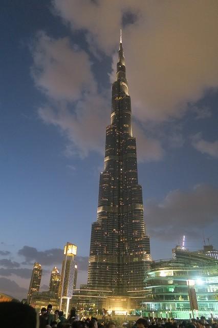 世界一高いビル「ブルジュ ハリファ」